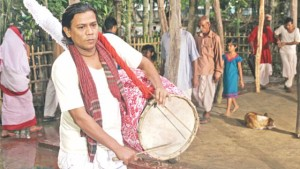 Country Drummer Dhuli
