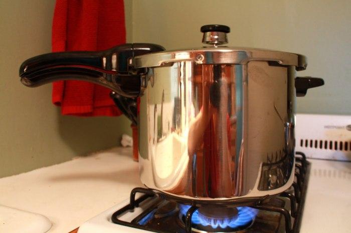 Pressure cooker, energy saver :-)